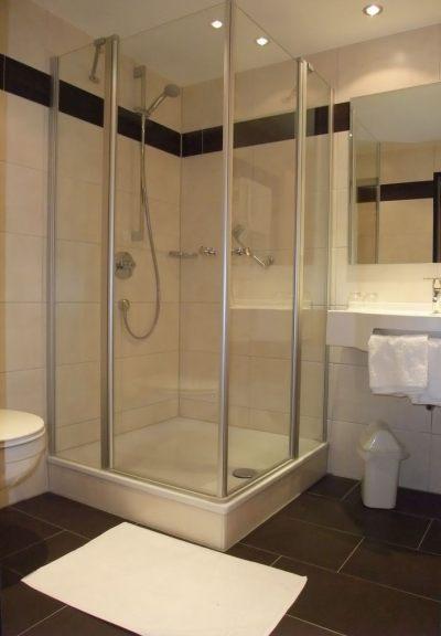 Dusche Hotelzimmer